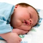 Արդյո՞ք երեխան պետք է քնի ամբողջ գիշեր