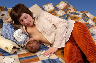 breastfeeding positon